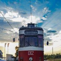 Закатный трамвай :: Дмитрий Коноплев