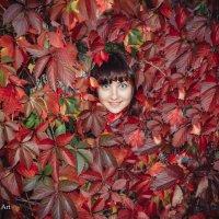 портрет в листьях :: Максим