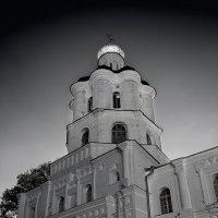 Коллегиум, самая старая высшая школа на левом берегу Днепра. :: Андрий Майковский