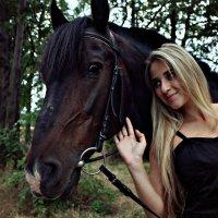 Природа и человек постоянно переплетаются.. :: Ирина Набоких