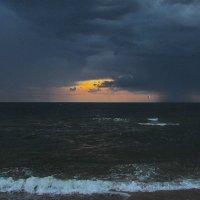 на море дождь.. :: Марина Ринкашикитока