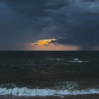 на море дождь.. :: Марина