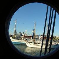 Вид с  корабельного иллюминатора :: Оля Богданович