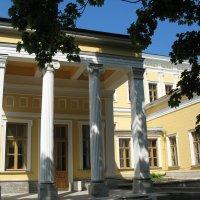 Дворец Лейхтенбергских :: Елена Смолова