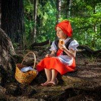 Красная шапочка :: Светлана Гусева