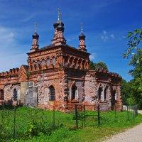 Церковь покрова Божьей Матери. :: Ирина Нафаня