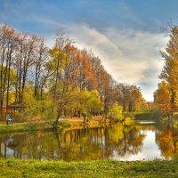 В парке осень :: Игорь .