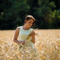 Девушка с колосьями :: Юлия