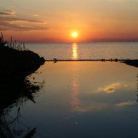 Один закат не похож на другой, краски неба не бывают одинаковыми. :: Оля Богданович