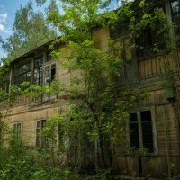 Abandoned :: Alexander Petrukhin