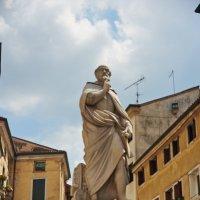 Памятник Палладио - творцу города Виченца :: Андрей Крючков
