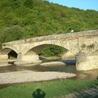 Адыгея. Старинный каменный мост :: Надежда