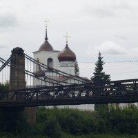 Вид на цепной мост :: Михаил Юрьевич