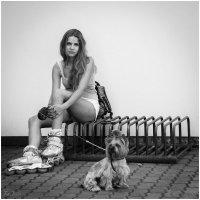 Девушка с собачкой . :: Игорь Абламейко
