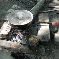 Уха и чай в горах :: Олег Романенко