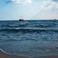 Взволновалось синее море...! :: Наталья