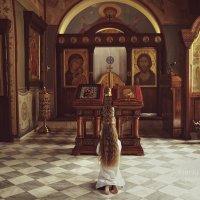 """""""И, крылом задетый ангельским, Колокол заговорил...."""" :: Ксения Старикова"""