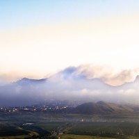 Туман в Коктебеле. :: Геннадий Валеев