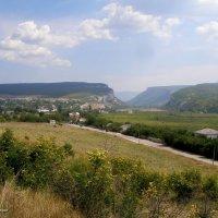 Вид на Бельбекские ворота. Крым. :: Леонид Дудко