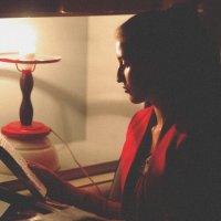 У лампы :: Илья Тимкин