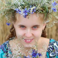 портрет с венком :: Yana Odintsova