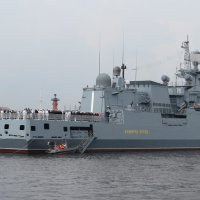 """Корабль """"Адмирал Эссен"""" :: Вера Щукина"""