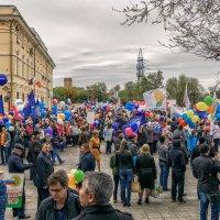 Первомай в Оренбурге. :: Сергей Исаенко