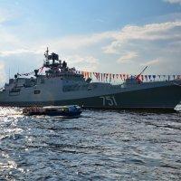 Сторожевой корабль Адмирал Ессен :: Валентина Папилова