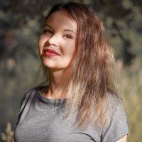 Очаровательная девушка :: Анастасия Елисеева