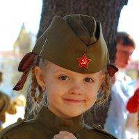 Правнучка ветерана :: Валерий Толмачев