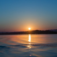 Восход солнца. :: Евгений Колотилин