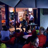 Ночное кафе :: Игорь Иванов