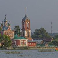 Вид на церковь Сорока мучеников :: Сергей Цветков
