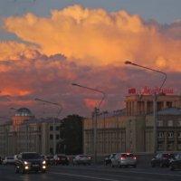 небо над Заневским проспектом :: Елена