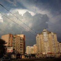 Вечерний свет, облака и линии :: Николай Филоненко