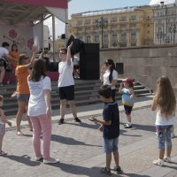 Детские танцы :: Яков Реймер