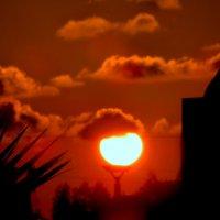 Солнце село отдохнуть :: Наталья Джикидзе (Берёзина)