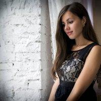 Милая девушка у окна :: Екатерина Ковалёва