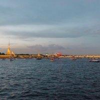 Закат над Невой (в ожидании салюта) :: Алексей Корнеев