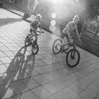 Велосипедная прогулка :: Наталья Сиротина