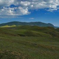 Зеленые холмы Меганома :: Игорь Кузьмин