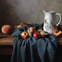 Нектарины и персики :: Елена Татульян