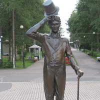 Памятник актеру Георгию Вицину :: Маера Урусова