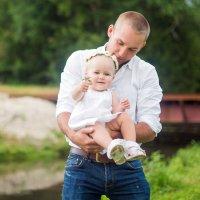 Папа с дочей. :: Mari Shurins