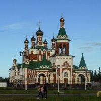 Храм Воскресения Христова в Усинске :: Алексей Логинов