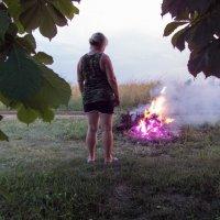 Люблю смотреть на огонь.. :: Владимир Сквирский