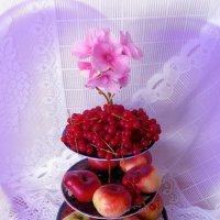 Флокс и этажерка с фруктами :: Nina Yudicheva