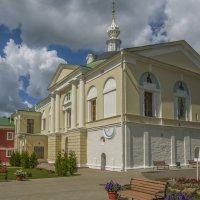 Сретенская церковь с солнечными часами. :: Михаил (Skipper A.M.)