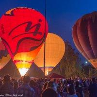 Подсветка воздушных шаров. :: Виктор Евстратов