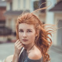 in the wind :: Alice Lain